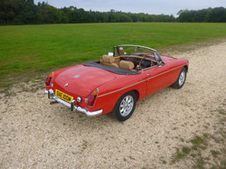 1973 MGB Roadster Flame Red (5)