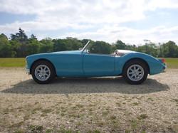 1958 MGA 1500 Glacier Blue (34)