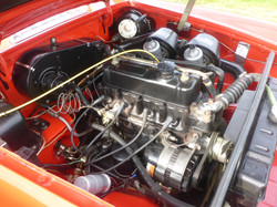 1973 MGB Roadster Flame Red (17)