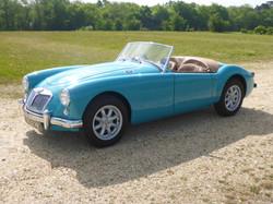 1958 MGA 1500 Glacier Blue (41)