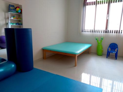 sala de fisioterapia (2).jpg