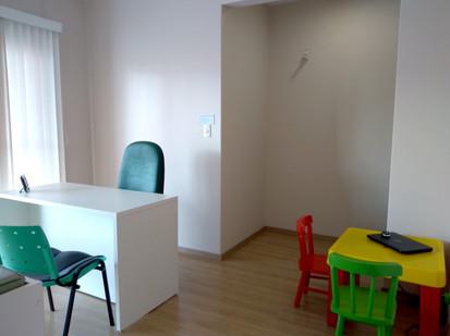 consultório_e_sala_de_terapia_(2).jpg