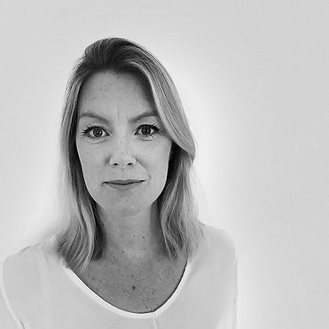 team-profile-SarahTomlinson.jpg