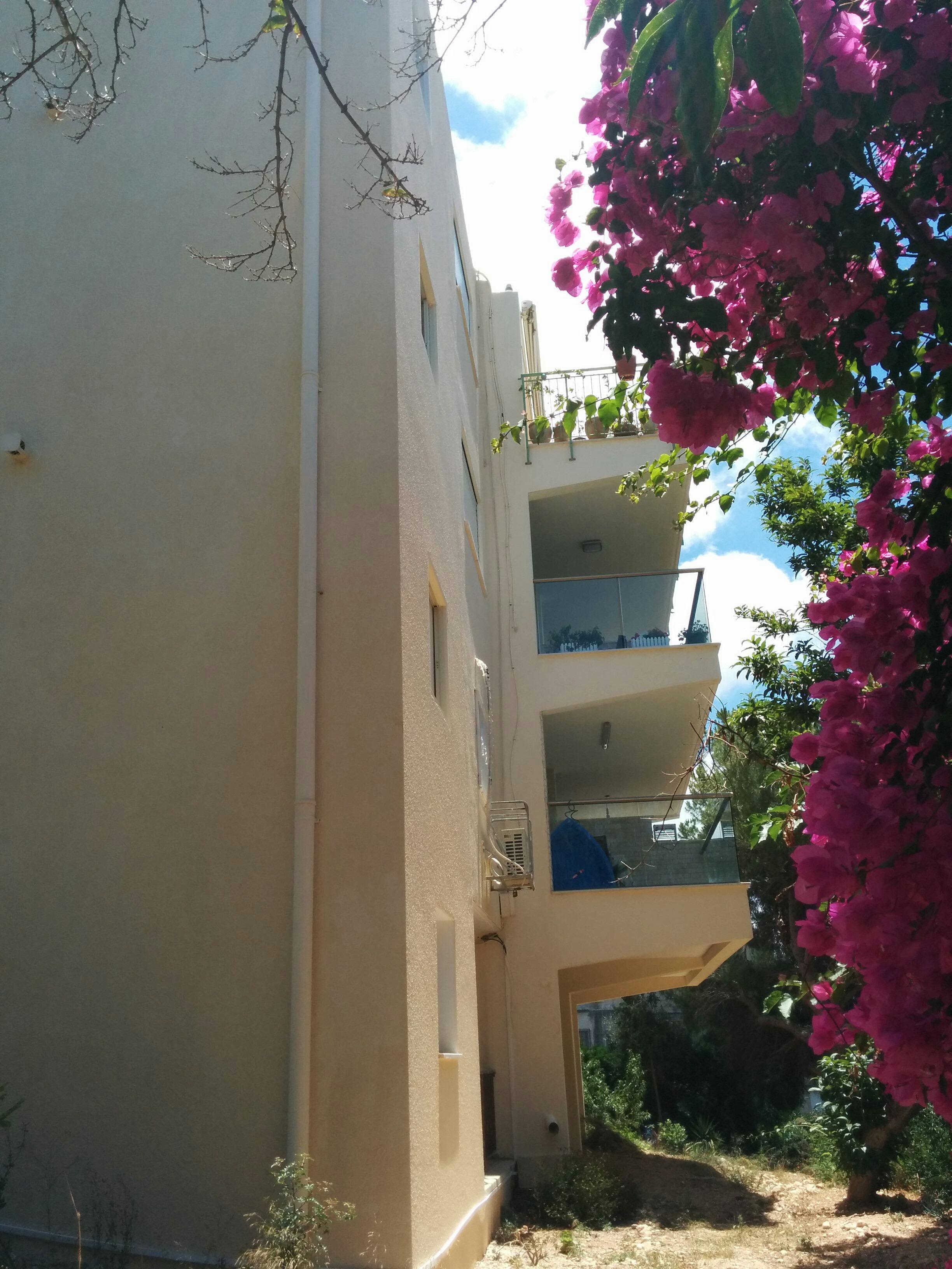 בנין מגורים בחיפה