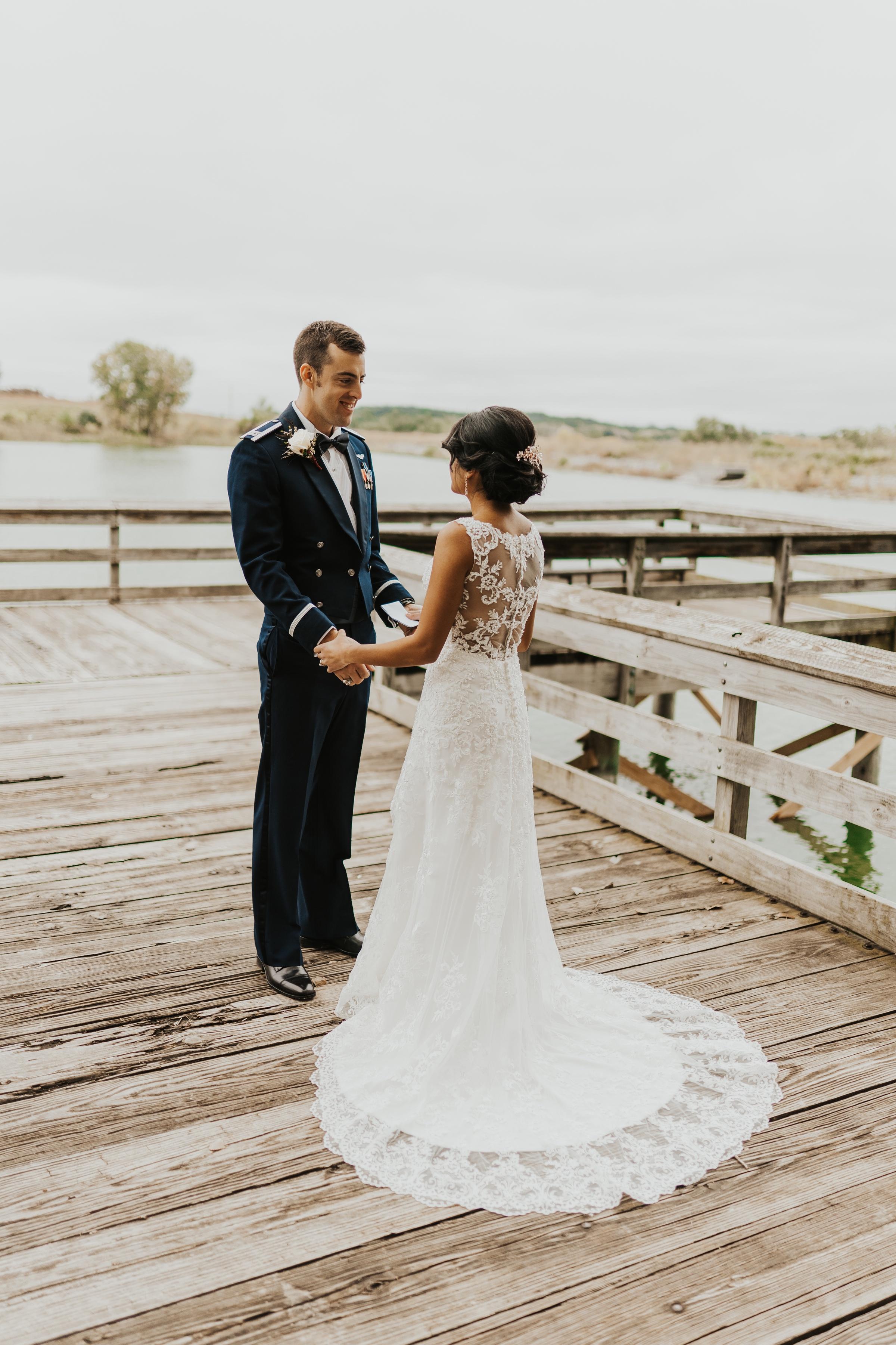 omaha wedding photos at mahoney state park