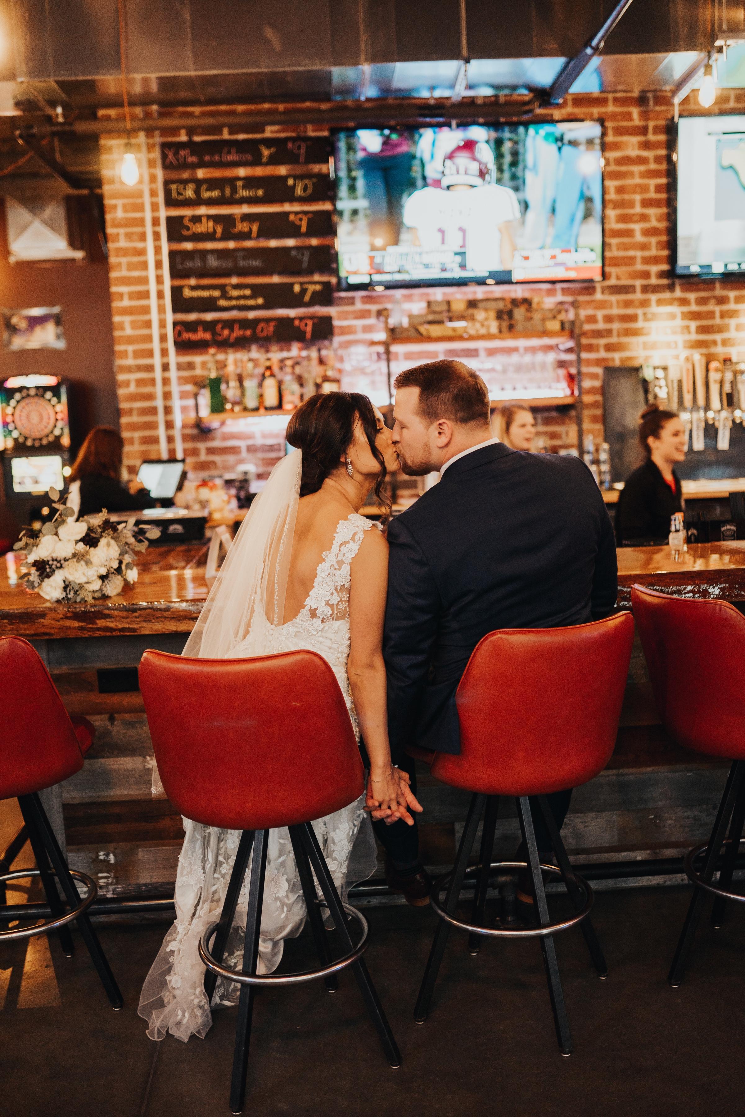 omaha wedding at the session room bar