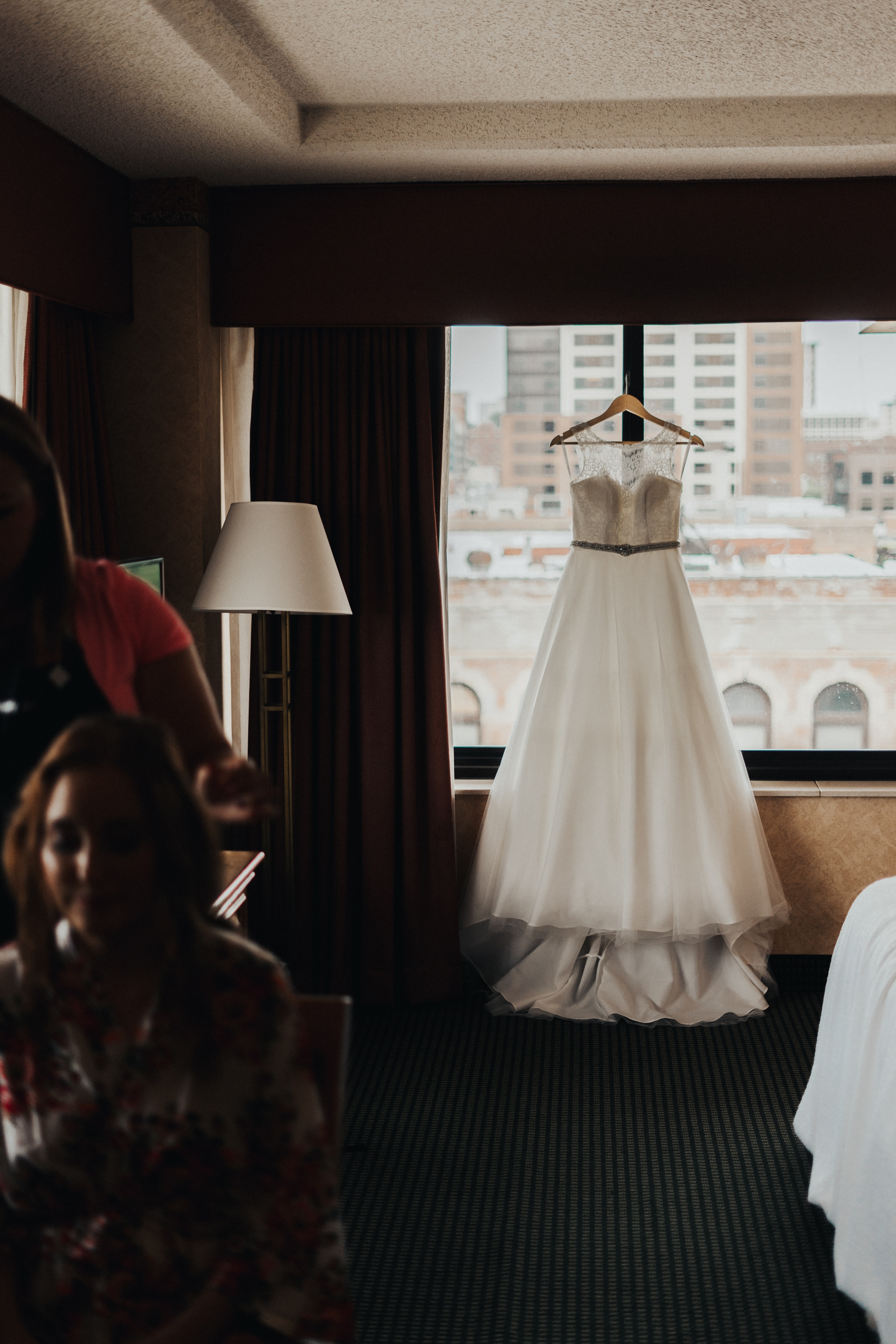 wedding at the omaha embassy suites