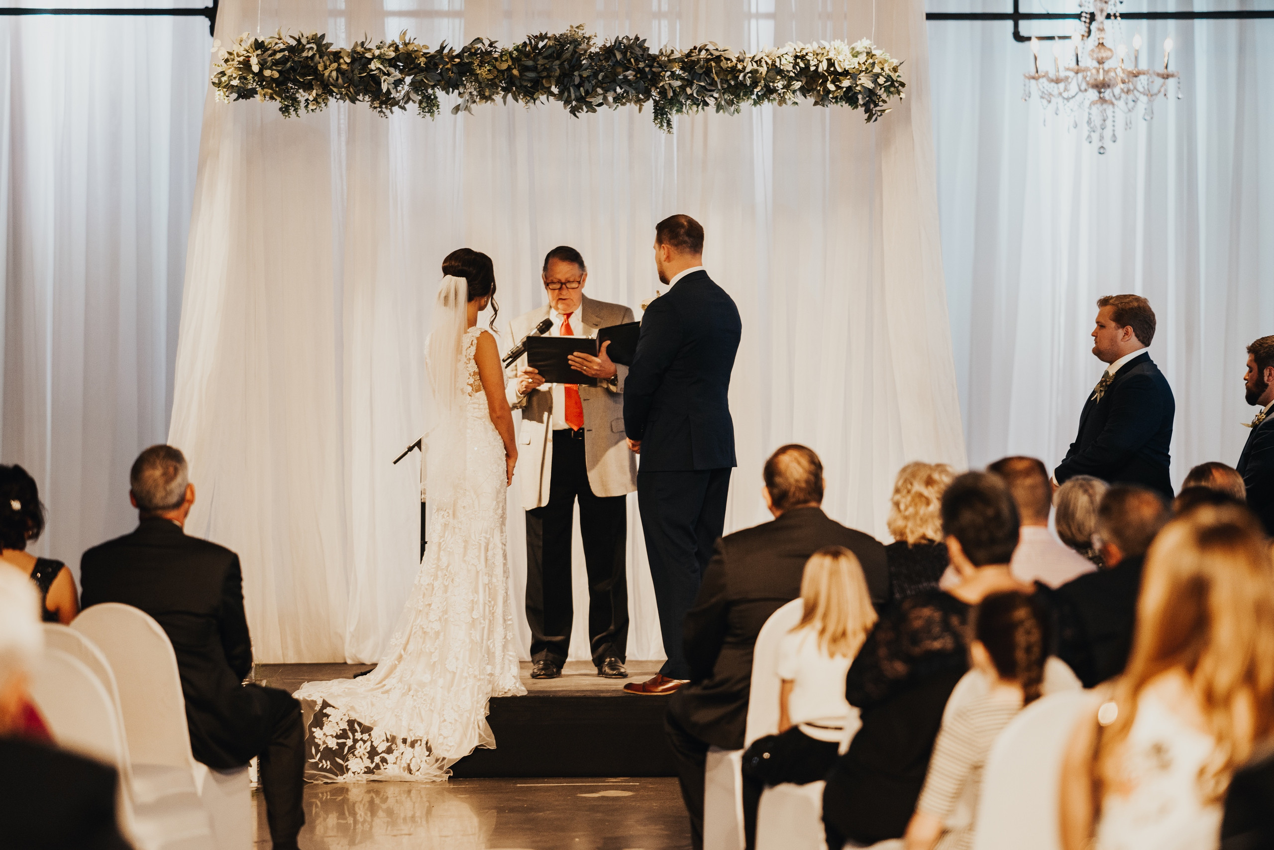omaha wedding photography at omaha design center
