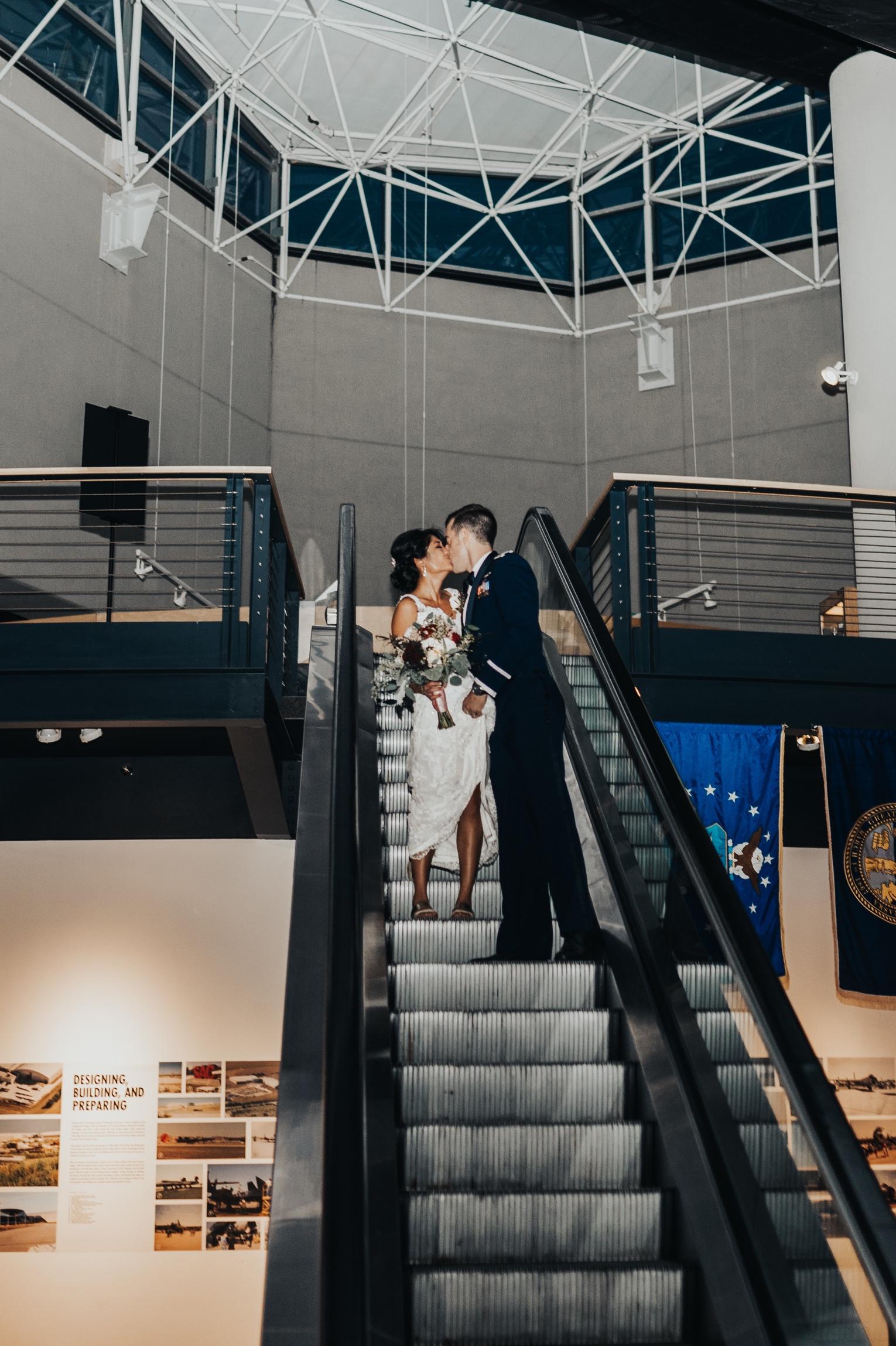 omaha wedding photography at the sac museum