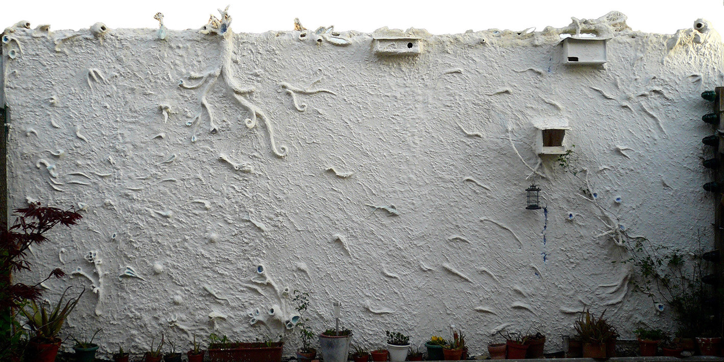 The White Wall frescoRelieve by Miguel H