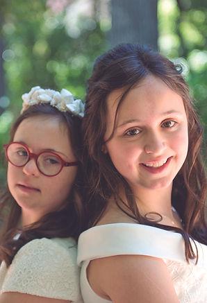 Fotografía de hermanas en pre comunión p