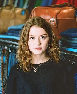Maisie Peters.jpg