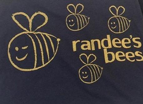 randee's bees tee charcoal grey