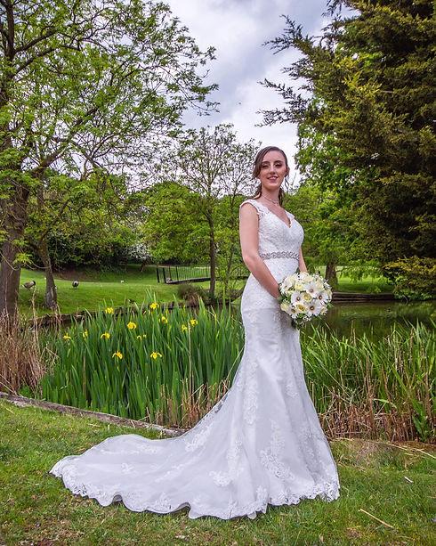 bride outside.jpg