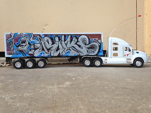 Bulks Truck