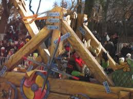 Macy's Viking Clown and Catapult