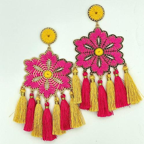 Aretes artesanales de flor