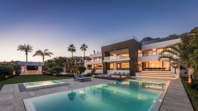 Spectacular Modern 6 Bedroom Villa in Sierra Blanca, Marbella