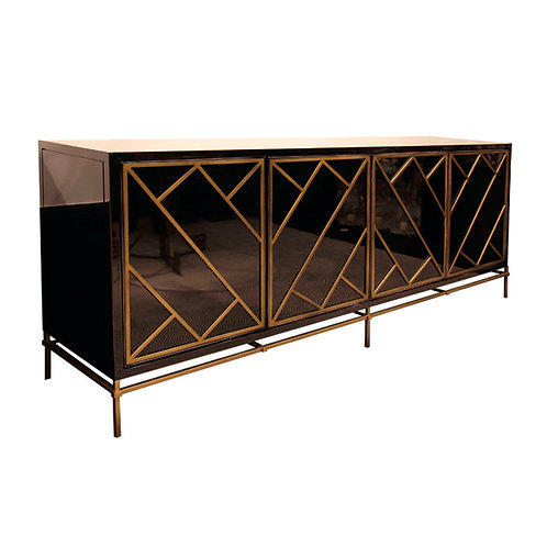 Lacquered Chest M 20170
