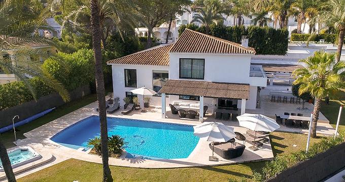 Charming 5 Bedroom Villa in Nueva Andalucía