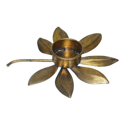 Claudia Gold iron candle holder leaves