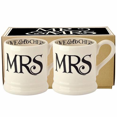 Black Toast 'Mr & Mrs' Set of 2 1/2 Pint Mugs Boxed