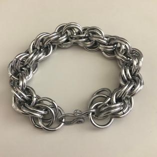 kaitlyn-pak-jewelry-chainmaille-bracelet