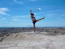 leg-hula-hooping