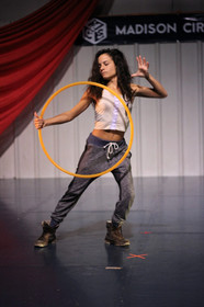 hula-hoop-magic-dance