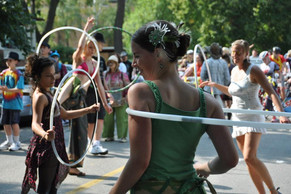 hire-hula-hoopers