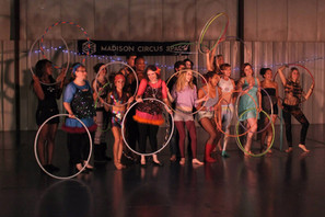 adult-hula-hooping-class