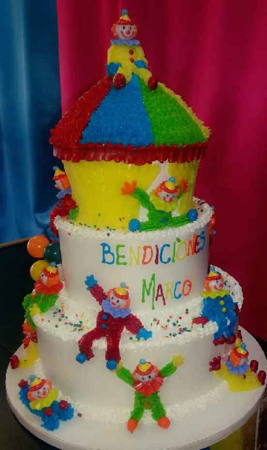clounds kids cake