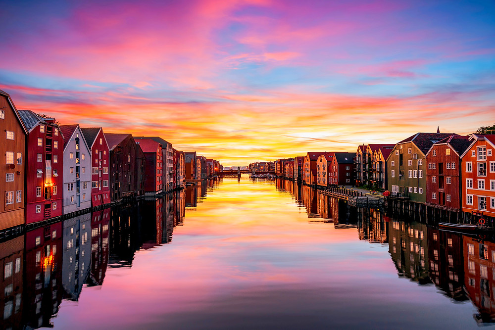 Incredible sunset in Trondheim - Major cities of Norway