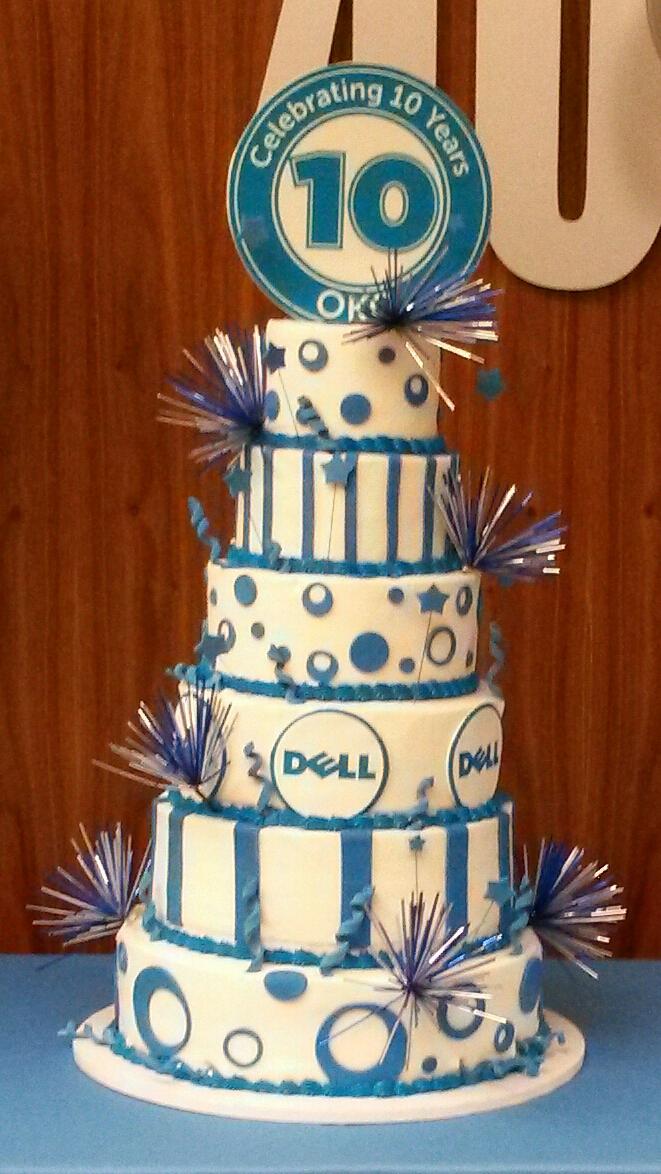 6 tier Dell cake