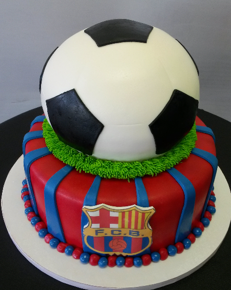 Barcelona fondant cake