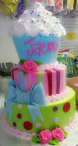 fondant cup cake cake