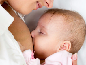 Complexidade do leite materno explica a importância para os bebês, mostra pesquisa