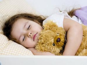 10 alimentos que ajudam a dormir bem