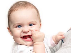 Dicas sobre o nascimento dos primeiros dentinhos de leite