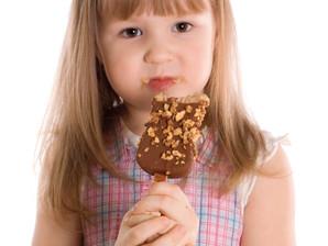 Obesidade na infância pode ser evitada com o controle dos pais