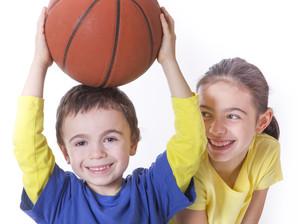 Crianças esportistas precisam de mais cuidados com a alimentação