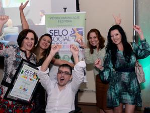 Revista NA MOCHILA é novamente certificada pelo Selo Social