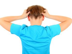 Seu filho reclama de dor de cabeça? Saiba onde buscar ajuda