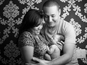 Entenda por que a presença do pai é tão importante durante o parto