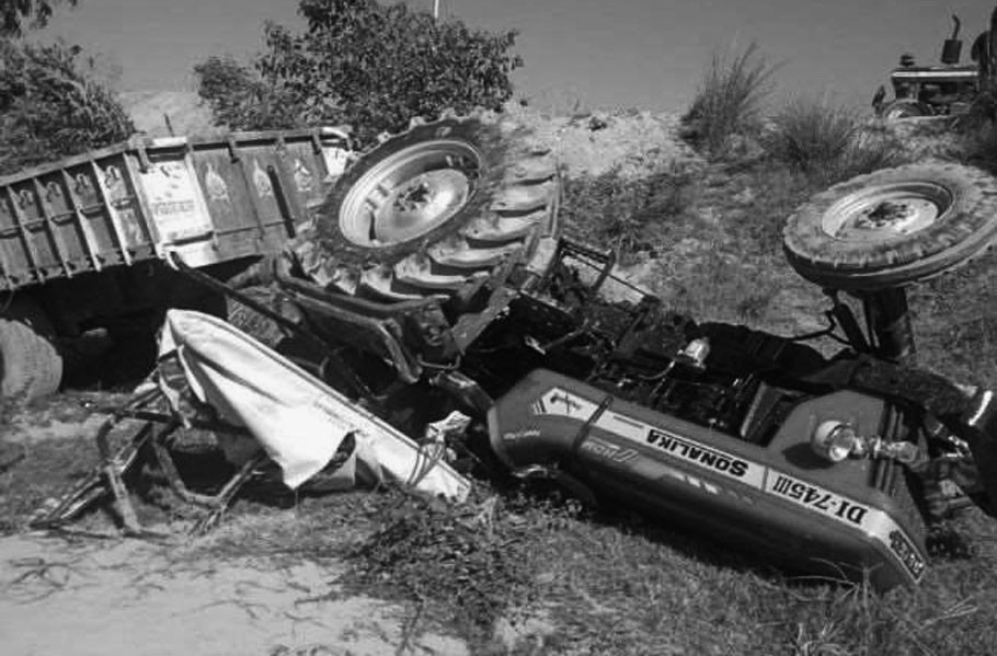 Jute laden tractor overturned due to dilapidated road