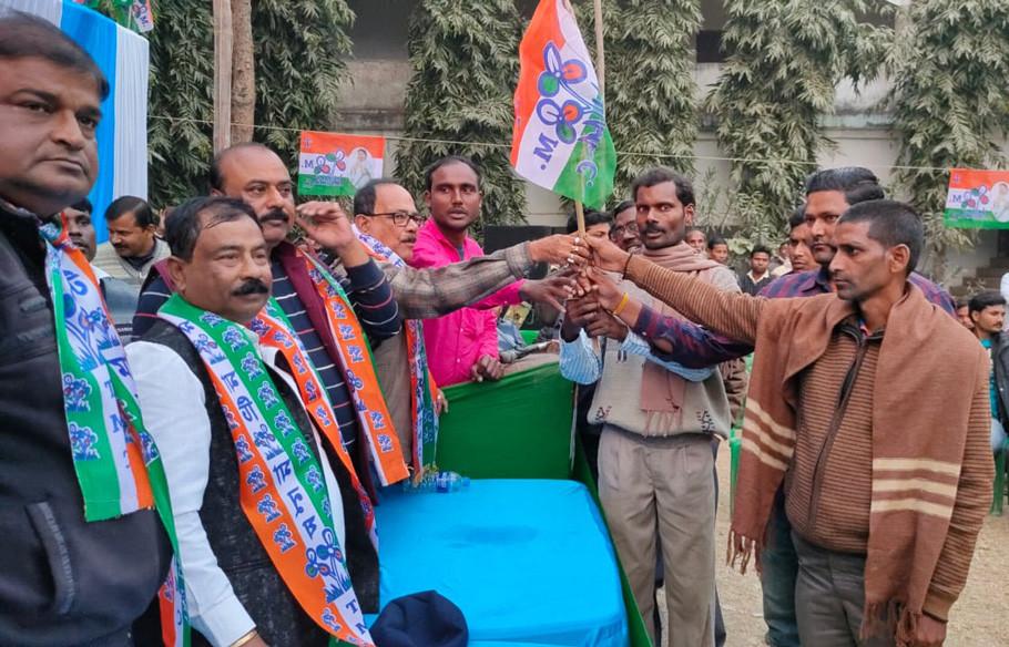 Malda BJP president nephew joined TMC