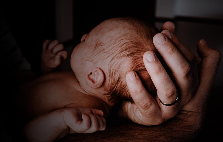 newborn-daughter-rescues