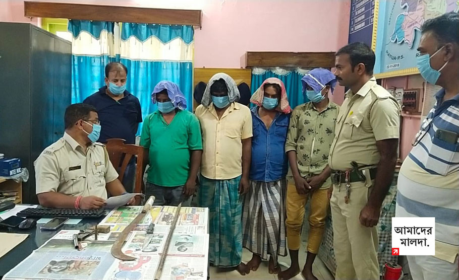Special police team arrested four robbers before Puja