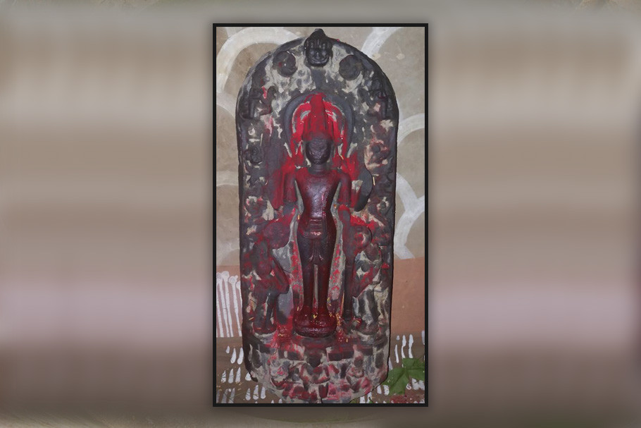 কষ্টিপাথরের বিষ্ণুমূর্তি উদ্ধার গাজোলে