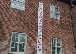 Hva forteller kunsten deg? Vikingmytologier og Grunnlovsjubileum på Haugar, Vestfold Kunstmuseum